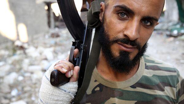 Żołnierz libijskiej armii - Sputnik Polska