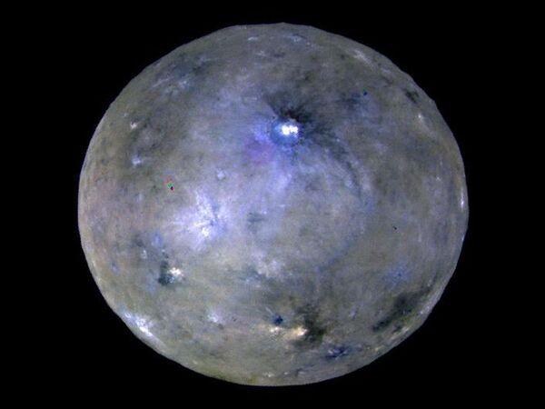 Planeta karłowata Ceres sfotografowana przez aparat Dawn. - Sputnik Polska