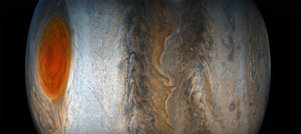Dzięki kamerze JunoCam i sondzie Juno, w sierpniu 2017 roku udało się otrzymać szczegółowe zdjęcia jednego z południowych regionów Jowisza. - Sputnik Polska