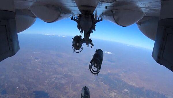 Precyzyjny nalot Sił Powietrzno-Kosmicznych Rosji - Sputnik Polska