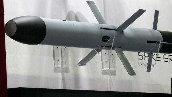 Przeciwpancerna rakieta sterowana Spike wyprodukowana przez izraelską firmę Rafael - Sputnik Polska