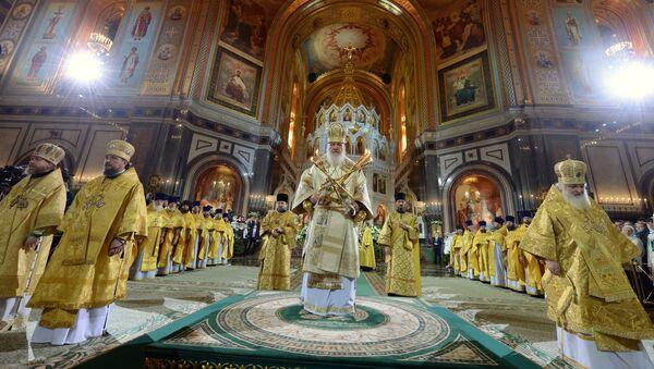 Patriarcha Cyryl podczas mszy - Sputnik Polska