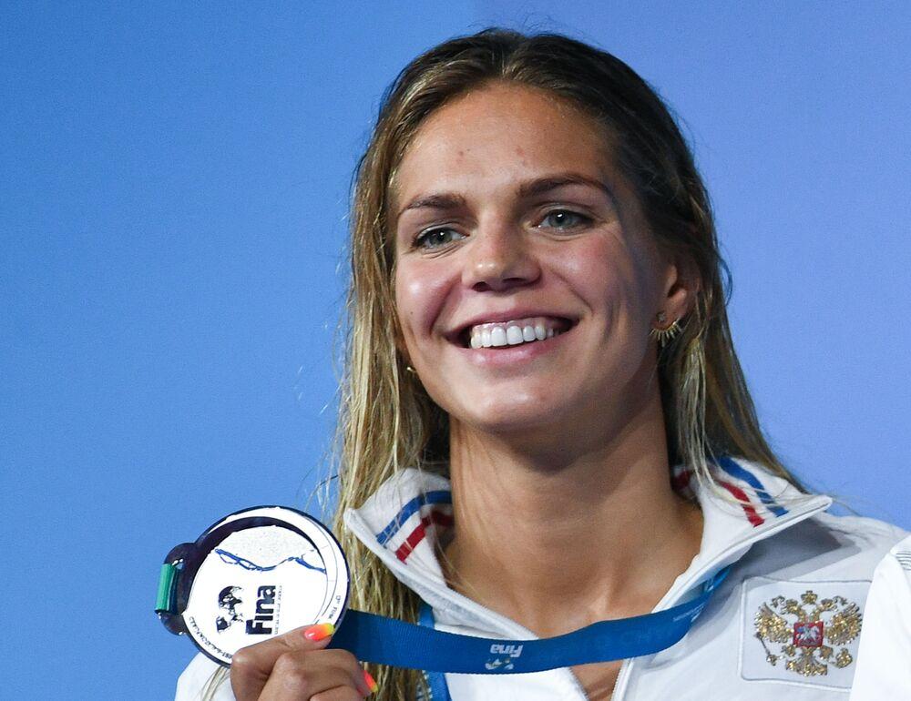 Pływaczka Julija Jefimowa
