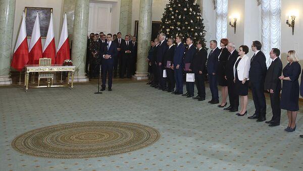 We wtorek prezydent Polski Andrzej Duda na wniosek premiera Mateusza Morawieckiego dokonał zmian w składzie rządu - Sputnik Polska