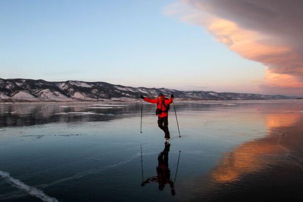 Lód jeziorze Bajkał - Sputnik Polska