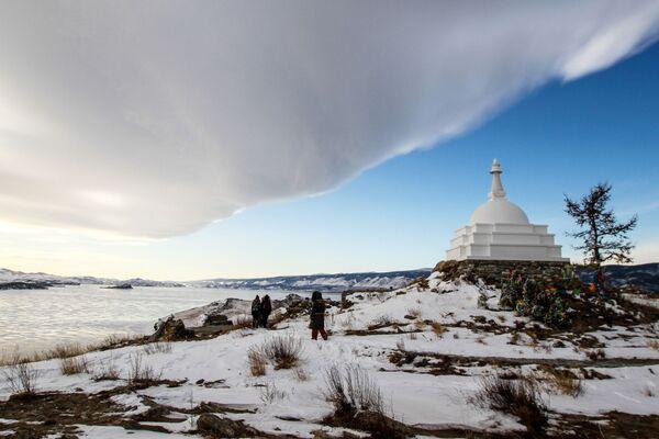 Buddyjska Stupa na wyspie Ogoj - Sputnik Polska