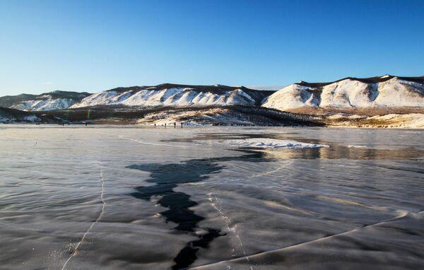 Lód na jeziorze Bajkal - Sputnik Polska