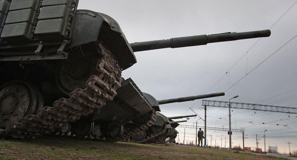 Czołgi wojsk obrony brzegowej Ukrainy opuszczają terytorium Krymu
