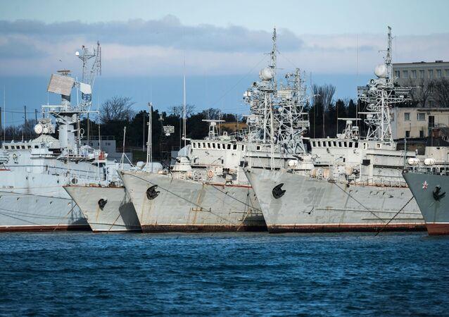 Ukraińskie okręty wojskowe na Krymie