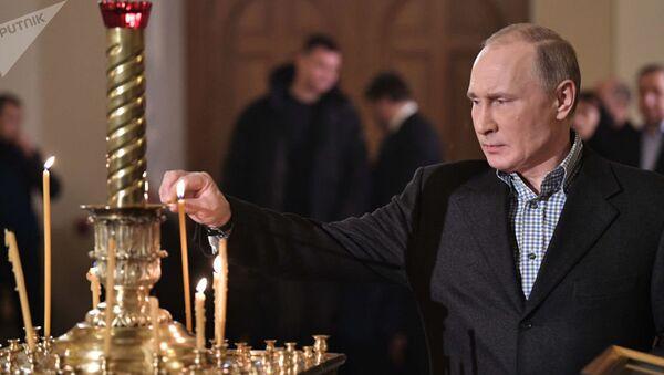 Putin porównał komunizm z chrześcijaństwem, a mauzoleum z repozytorium relikwii - Sputnik Polska