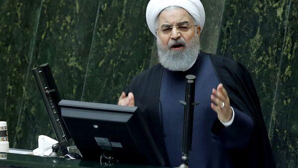 Prezydent Iranu Hassan Rouhani podczas wystąpienia - Sputnik Polska