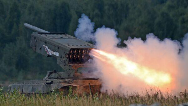 """Ciężki miotacz ognia na bazie czołgu T-72 TOS-1 """"Buratino"""" - Sputnik Polska"""