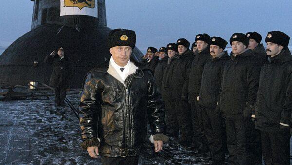 Prezydent Rosji Władimir Putin na okręcie podwodnym Archangielsk, 2004 rok - Sputnik Polska