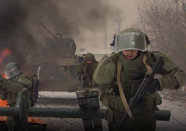 Szkolenia inżynieryjnych pododdziałów Rosji z zastosowaniem kombinezonu ataku OWR-ZSz.