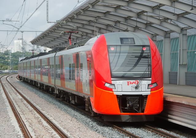 Jazda próbna pociągu elektrycznego Jaskółka