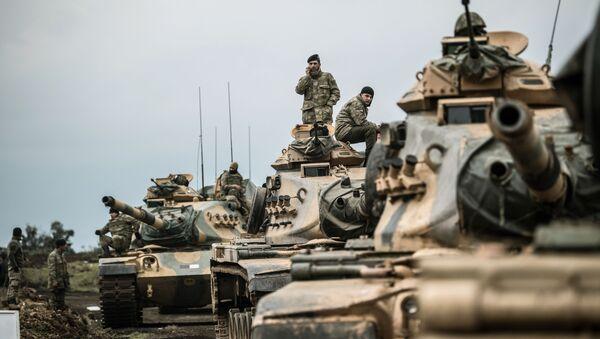 Tureckie wojska w pobliżu syryjskiej granicy - Sputnik Polska