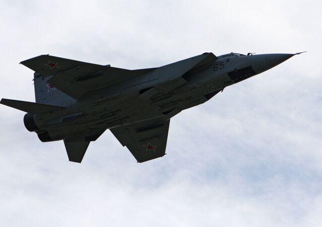 Myśliwiec MiG-31