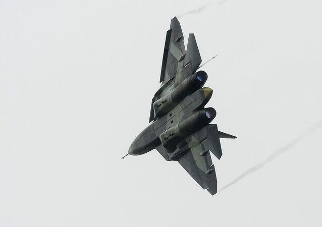 Myśliwiec T-50 w czasie wszechrosyjskiej fazy konkursu międzynarodowego Aviadarts-2016