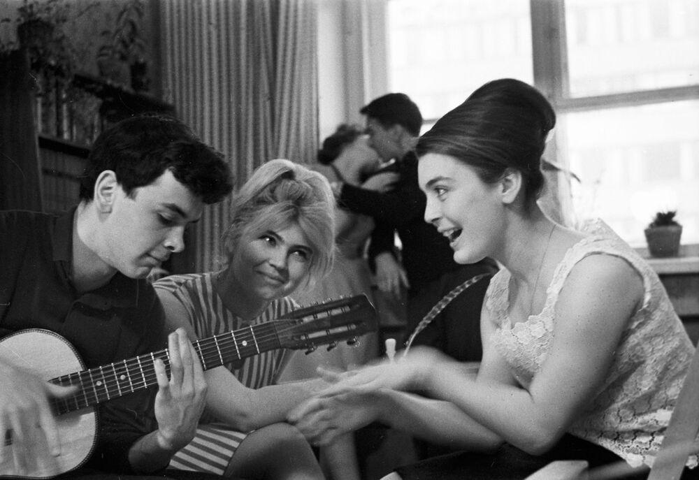 Rosyjscy studenci w ZSRR i dziś, 1965 rok