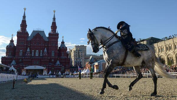 Pokazy na Placu Czerwonym w Moskwie - Sputnik Polska