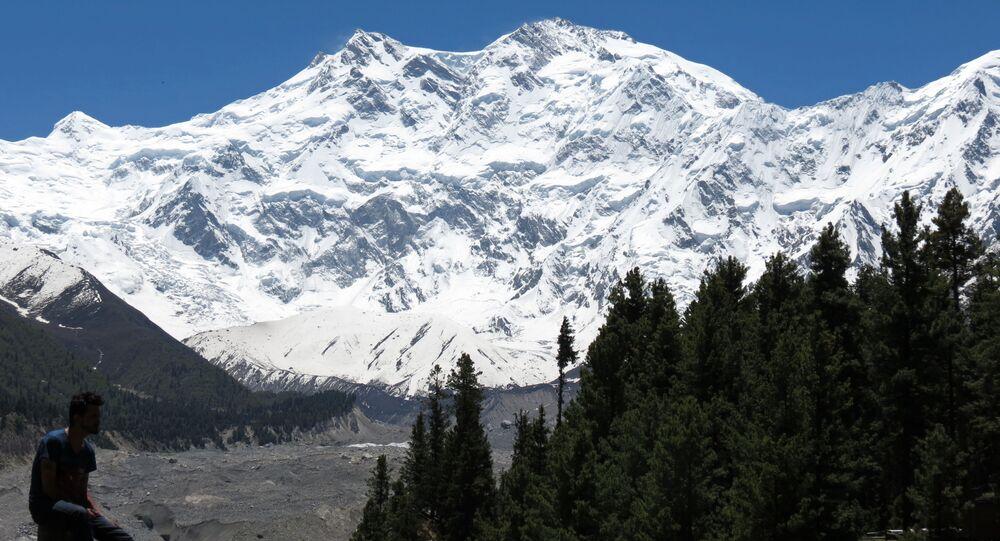 Widok na szczyt Himalajów Nanga-Parbat, Pakistan