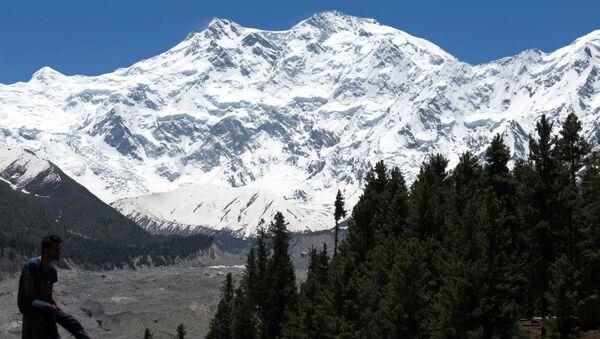 Widok na szczyt Himalajów Nanga-Parbat, Pakistan - Sputnik Polska