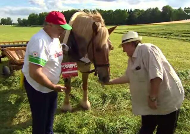 Łukaszenko i Depardieu