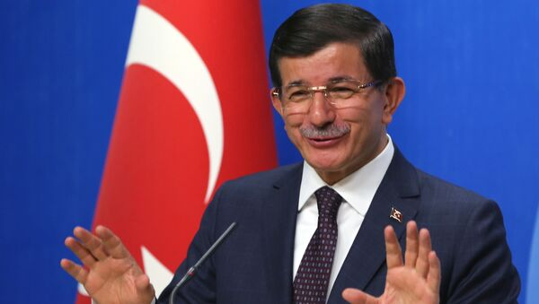 Były premier Turcji Ahmet Davutoğlu - Sputnik Polska