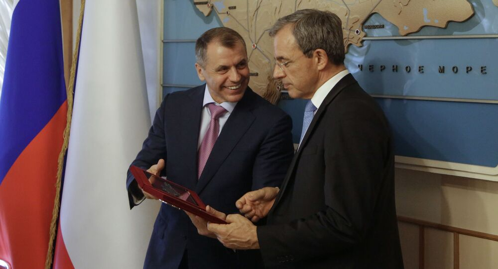 Przewodniczący Państwowej Rady Republiki Krymu Władimir Konstantinow i deputowany Zgromadzenia Narodowego Thierry Mariani