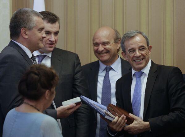 W tym tygodniu francuska delegacja przyjechała z wizytą na Krym - Sputnik Polska
