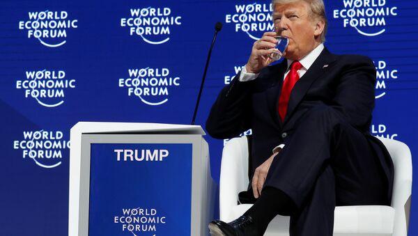 Donald Trump na forum w Davos - Sputnik Polska