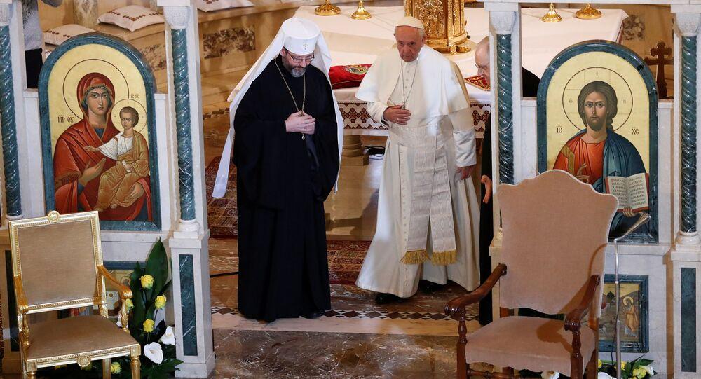 Papież Franciszek w Bazylice Mądrości Bożej w Rzymie