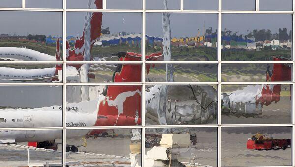 Samolot linii lotniczych Qantas na lotnisku w Sydney - Sputnik Polska