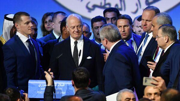 Kongres Syryjskiego Dialogu Narodowego w Soczi - Sputnik Polska
