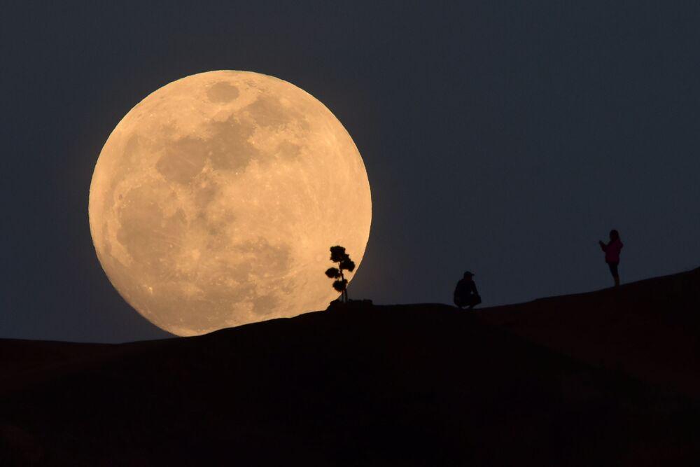 Superksiężyc w Los-Angeles, USA