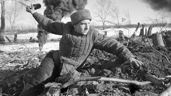 Bitwa pod Stalingradem podczas Wielkiej Wojny Ojczyźnianej , październik 1942 r. - Sputnik Polska