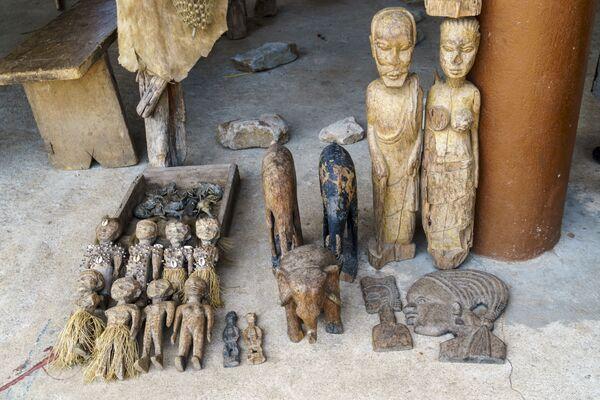 Fetysze Voodoo na targowisku Akodessawa w Lomé, stolicy Republiki Togijskiej. - Sputnik Polska