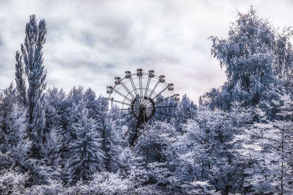 Teraz badanie opuszczonych miejsc stało się rodzajem turystyki. Do zamkniętej strefy można dostać się nie tylko w sposób oficjalny. - Sputnik Polska