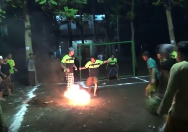 Prawdziwe igranie z ogniem