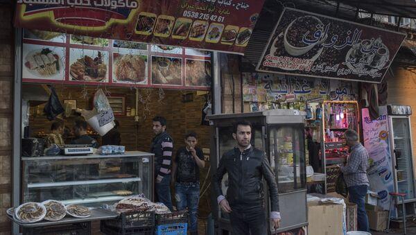 Syryjskie sklepy w tureckim rejonie Izmir Basmane - Sputnik Polska