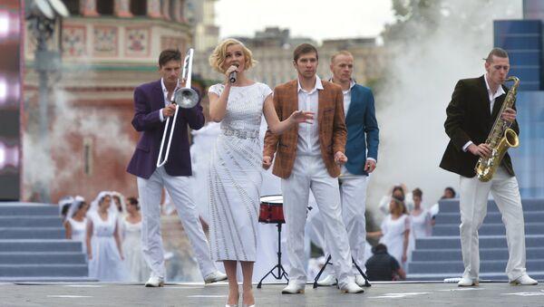 Piosenkarka Polina Gagarina podczas koncertu na Placu Czerwonym - Sputnik Polska