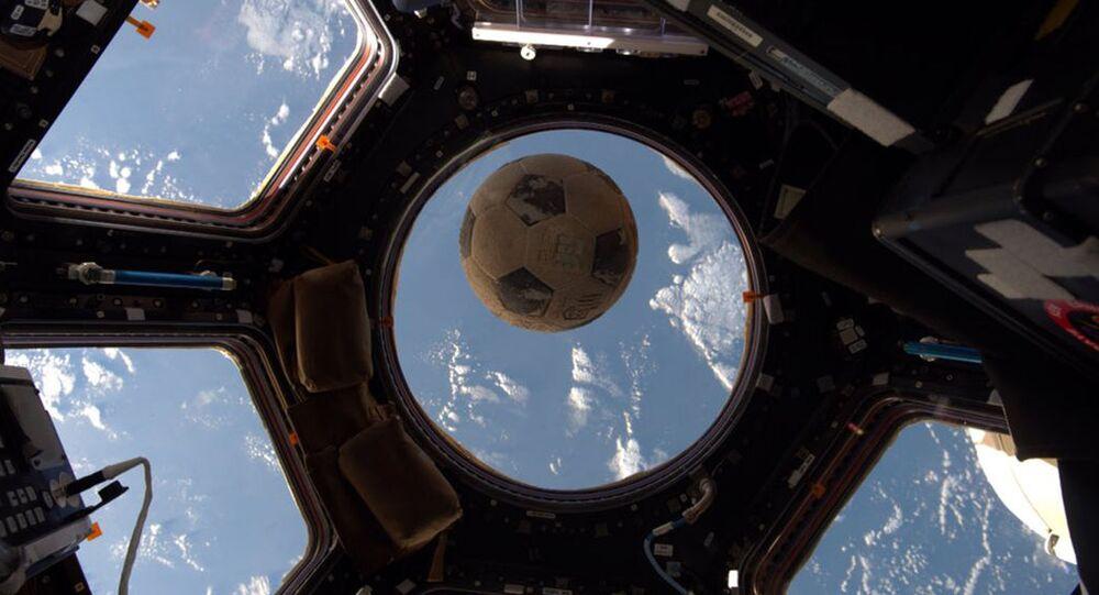 Piłka na pokładzie MSK