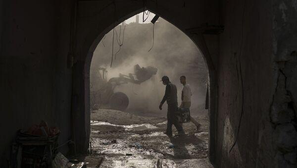 Oczyszczanie wyzwolonego Mosulu - Sputnik Polska