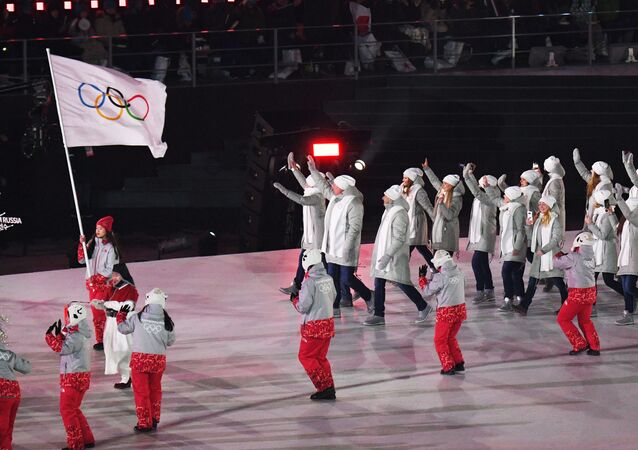 Olimpijscy sportowcy z Rosji na ceremonii otwarcia XXIII Zimowych Igrzysk Olimpijskich w Pjongczangu