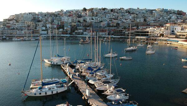 Żaglowce i jachty w zatoce Pireus w Atenach - Sputnik Polska