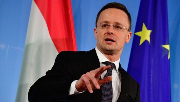 Szef MSZ Węgier Peter Szijjártó - Sputnik Polska