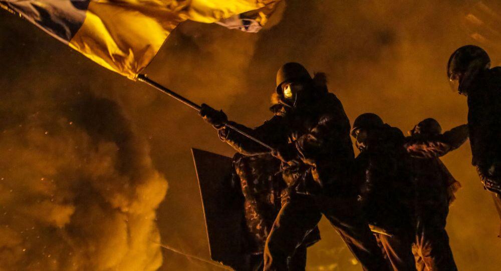 Kijów, Majdan. Starcia protestujących z policją