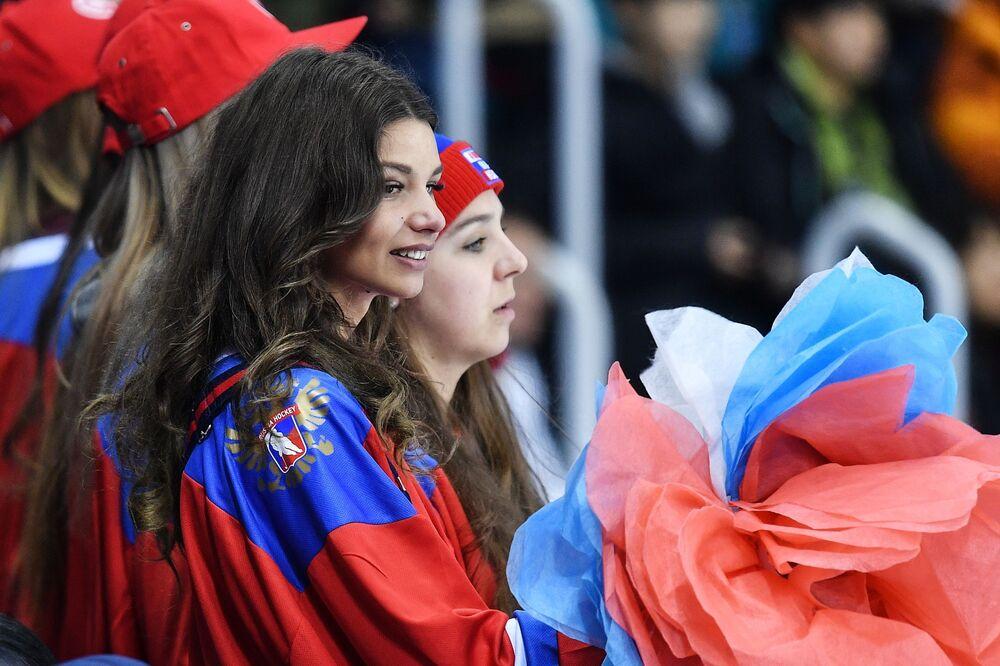 Najpiękniejsze dziewczyny na trybunach Zimowych Igrzysk Olimpijskich w Pjongczangu