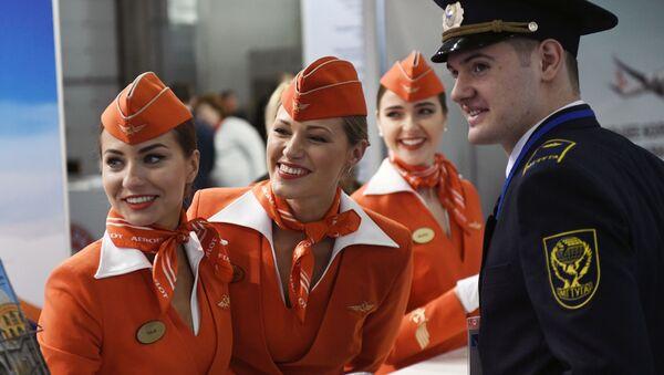 Pracownicy linii Aeroflot - Sputnik Polska