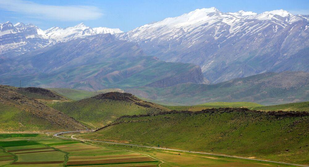 Góra Debna, Iran